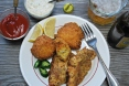 Catfish and Hush Puppies (4) (800x536)